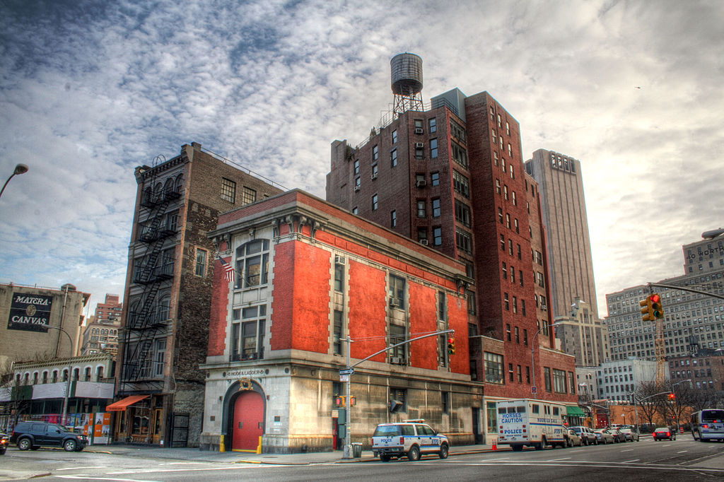 1024px-Ghostbusters_Firehouse